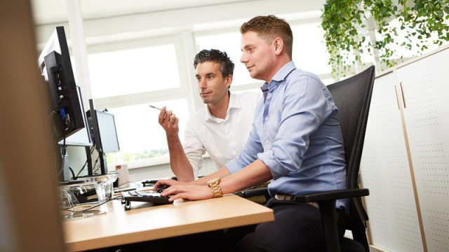 insourcing outsourcing